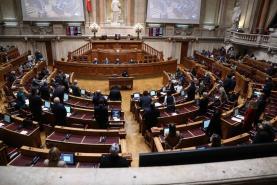 Covid-19: Parlamento autoriza renovação do Estado de Emergência até 15 de Janeiro