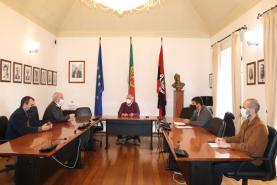 Peniche: avançam obras de estabilização da Arriba do Porto da Areia Sul