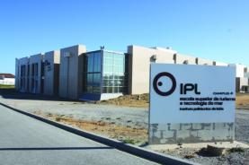 Investigadores do IPL encontram solução à base de algas que aumenta a durabilidade das maçãs no mercado