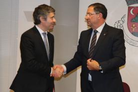 Gabinete de Apoio ao Emigrante da Lourinhã vai funcionar nos antigos Paços do Município a partir de 2019