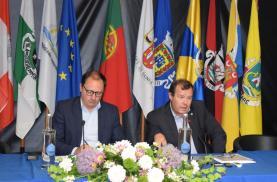 Municípios do Oeste vão poupar 3,5 milhões de euros por ano em energia eléctrica