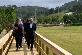 Passadiço das Escarpas foi inaugurado e liga Maceira a Porto Novo num investimento de 150 mil euros