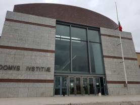 Quinze pessoas julgadas no Tribunal de Loures por tráfico de droga em Torres Vedras e Sintra