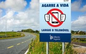 Coimas para uso do telemóvel ao volante vão ser agravadas em cerca de 50%