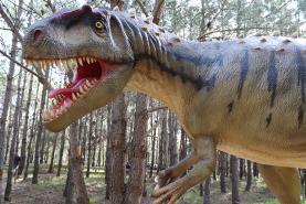Dino Parque da Lourinhã encerra ao público para manutenção