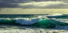 Costa Oeste sob aviso amarelo devido à agitação marítima