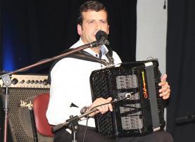 Adiado Festival de Acordeão da Bairrada que contava com a presença do lourinhanense Rodrigo Maurício