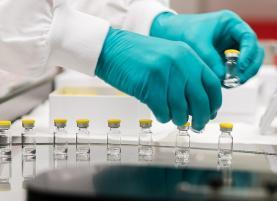 Covid-19: Comissão Europeia aprova comercialização na UE de vacina de dose única